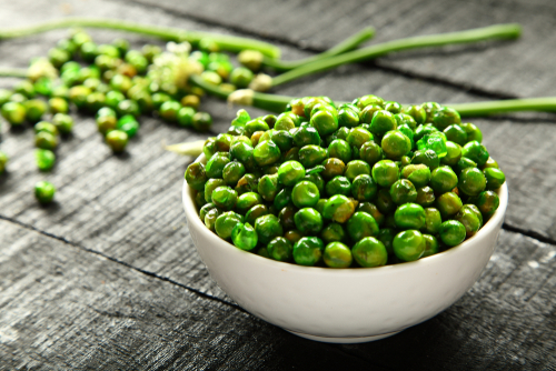 green peas - ten protein packed vegan weight loss foods